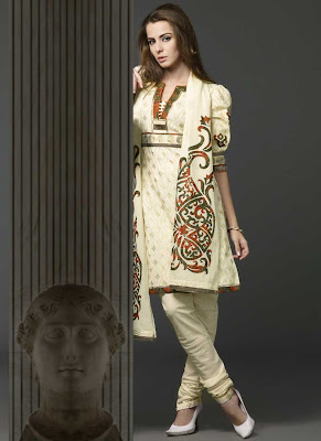 Girls Dress Patterns Free on Fashion N Style  White Churidar Designs   Latest Women Salwar Suit