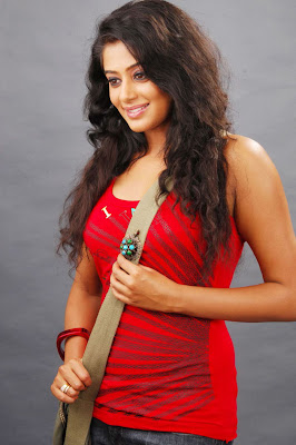 Actress Priyamani hot stills