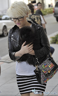 kelly osbourne is super rocker chic with marc jacobs