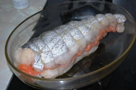 Cocina recetas y trucos de santyago moro merluza al cava - Merluza rellena de marisco al horno ...