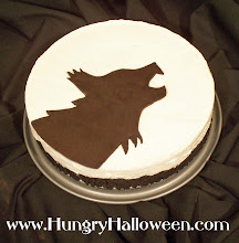 Halloween Recipes - Howlin' At the Moon Cheesecake
