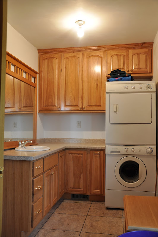 And this is a bathroom/laundry room. title=