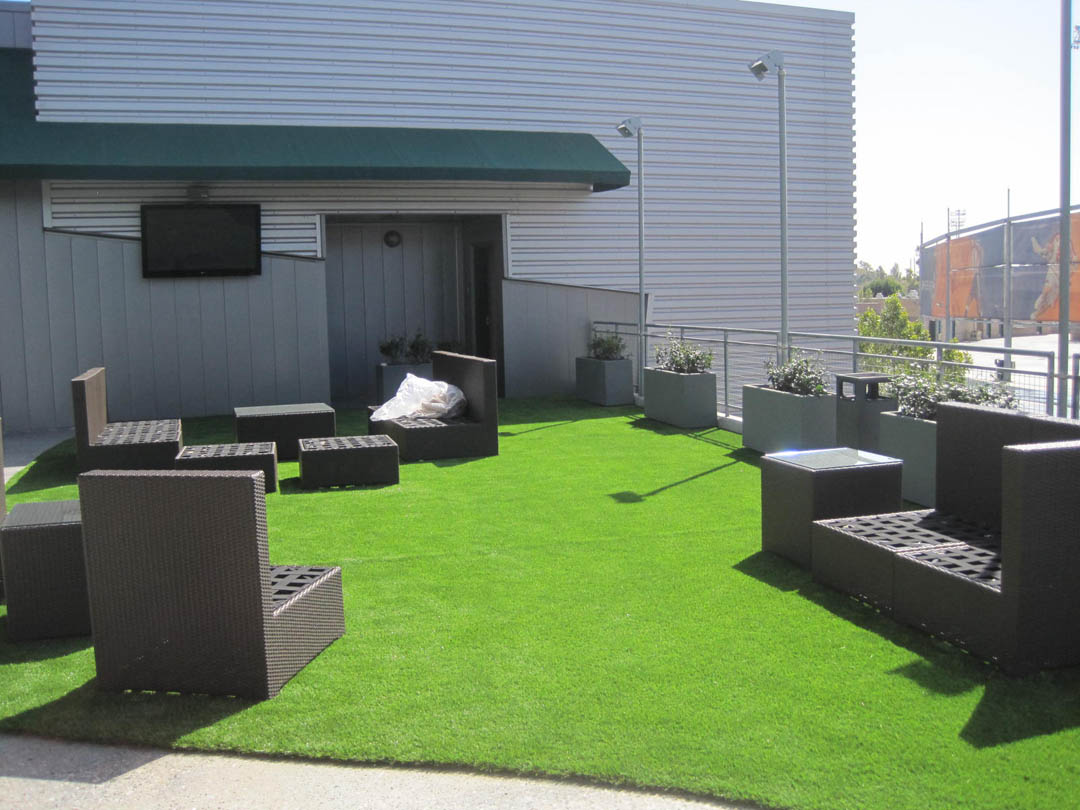 George interior design a fantasy garden delight for Terrace jogging track