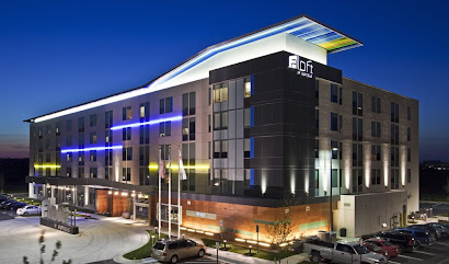 Aloft Dulles Airport Hotel and Lounge