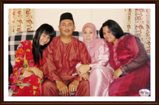 Famili Raya Aidil Fitri