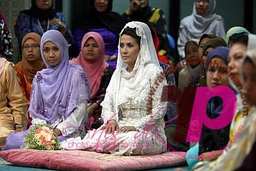 Majlis pernikahan Norman KRU - Shireen | Gambar pernikahan Norman KRU dan Shireen | pernikahan norman abd halim | PERKAHWINAN artis MALAYSIA, news, scandal, gossip, Weddings, Families, Divorces of Celebrities
