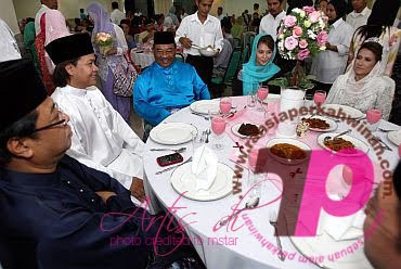 pernikahan norman abd halim | Majlis pernikahan Norman KRU - Shireen | Gambar pernikahan Norman KRU dan Shireen | PERKAHWINAN artis MALAYSIA, news, scandal, gossip, Weddings, Families, Divorces of Celebrities