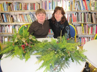 Christmas Crafts session in Killaloe library