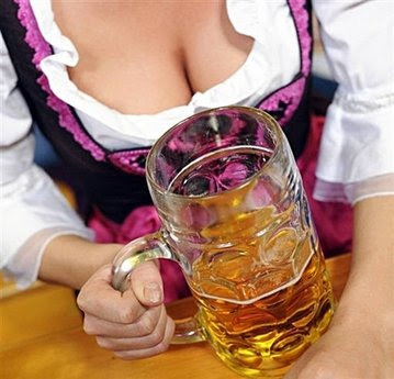 Различные маски и кремы на основе пива способствуют разглаживанию морщин.