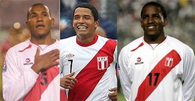 jugadores Farfan, Galliquio y Manco expulsados de selección peruana