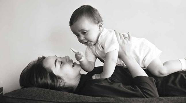 Мерседес Барча с сыном