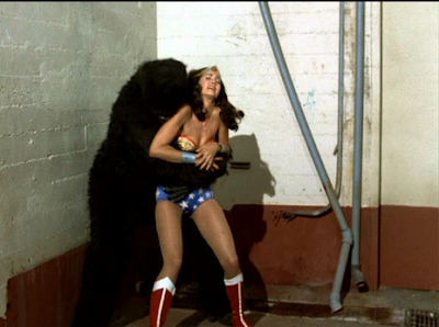 Wonder Woman vs. Gorilla