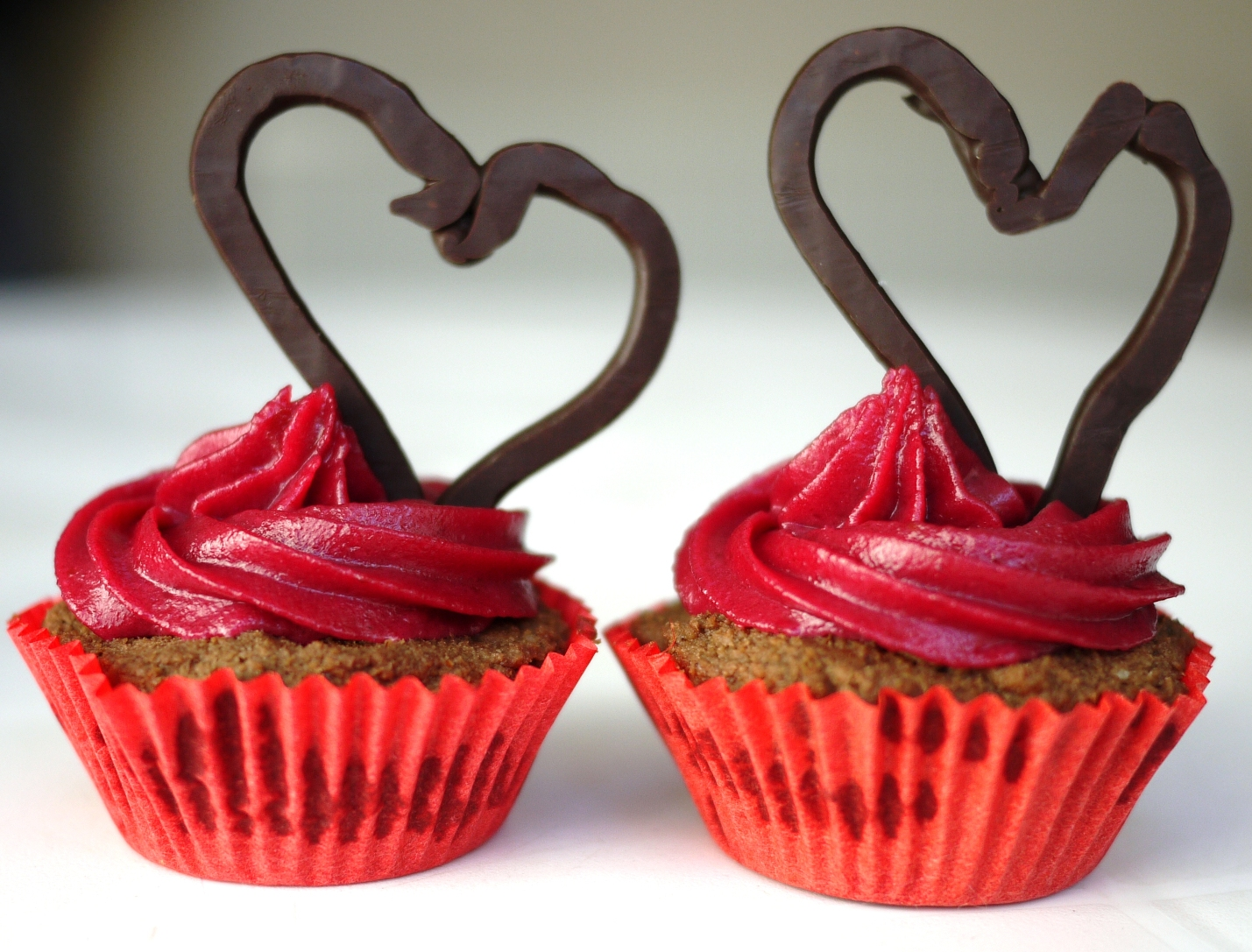 Chocolate Cupcakes for Valentines Day - Better Raw
