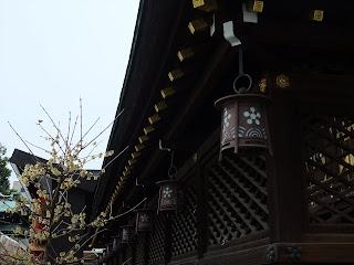 大阪天満宮の梅の紋