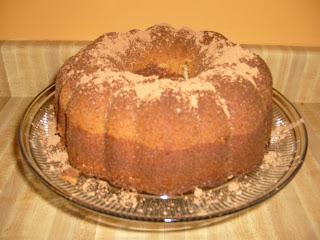 The Garden Gourmet: Black and White Pound Cake
