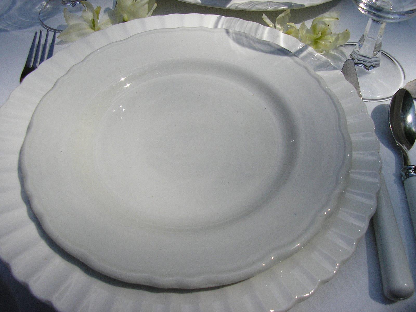 [White+tablescape+]