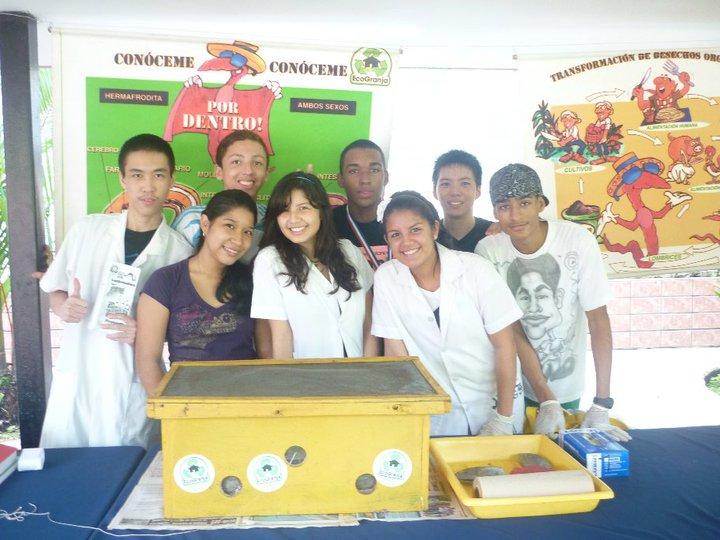 Proyecto escolar de lombricultura eureka science club for Cafeteria escolar proyecto