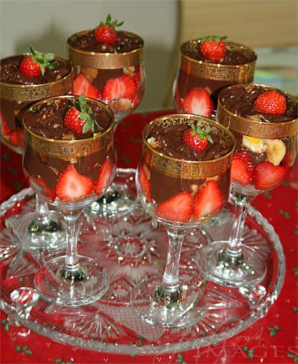 and peach cream trifle strawberry and peach cream trifle jimmy cream ...