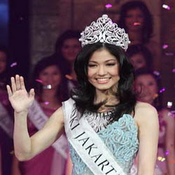 Miss-Indonesia-2009-Karenina-Sunny-Salim