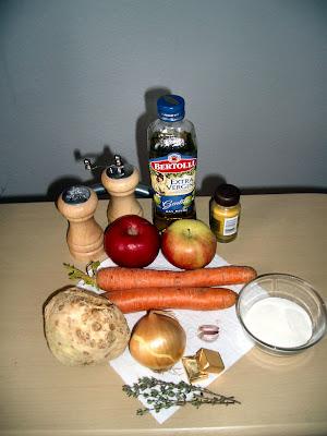 Jablkovo-zelerová polievka