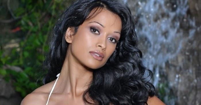 Minnie Gupta Nude Photos 82