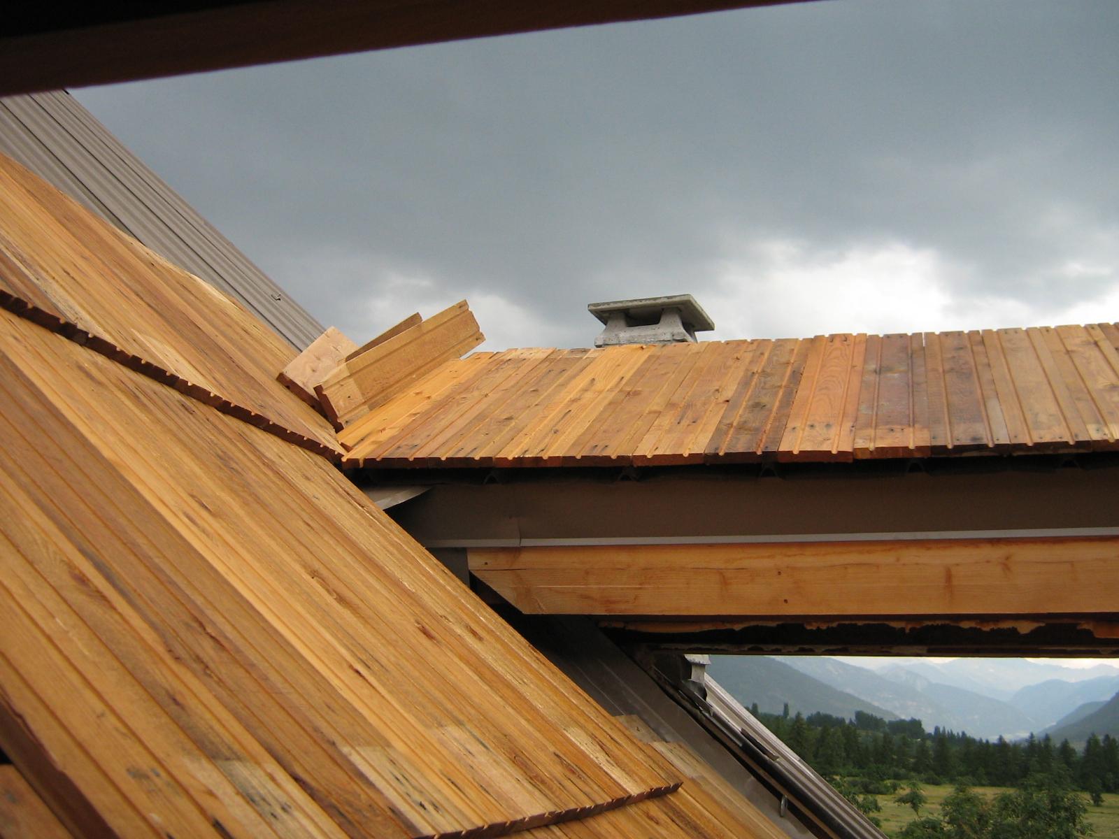 Fuoco ferro legno la casa in montagna la grange for Abbaino tetto prezzi