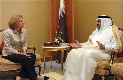 Le rôle de Qatar Tzipi+Livni+Premier+ministre+Qatar+140408+AP