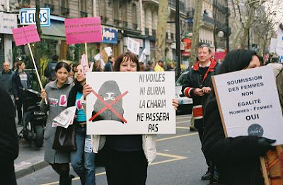 ni_voiles_ni_burka