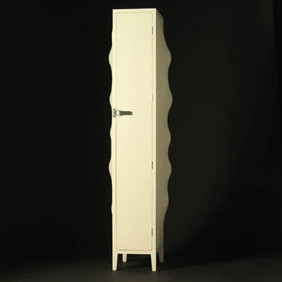 The Self-Modeling Cabinet Furniture Design