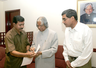 Children writer Deendayal Sharma With Dr. Kalam