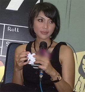 Janda cantik artis indonesia, Lusy Rahmawati AB Three