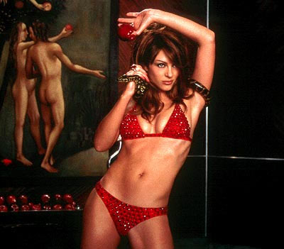 Hollywood Actress Elizabeth Hurley in Bikini
