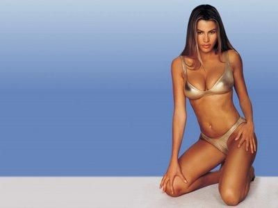 Hollywood Actress Sofia Vergara in Bikini