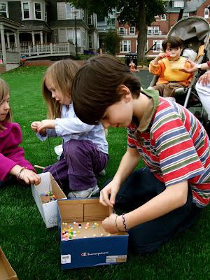 Bead Weaving With Children