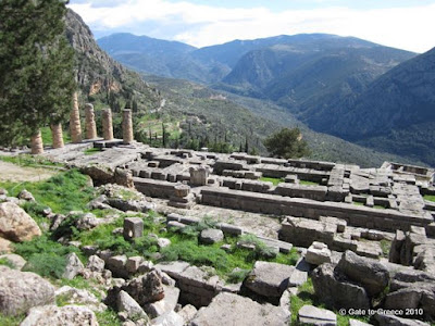 Delphi Apollon Temple