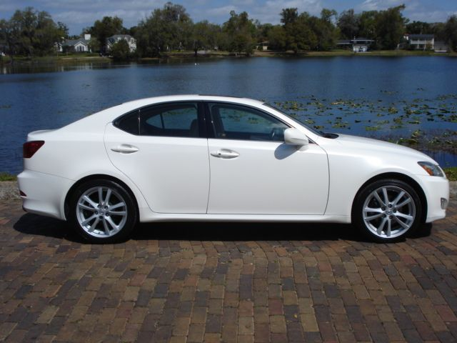 winter park sales 2006 lexus is 250 sedan 22 999. Black Bedroom Furniture Sets. Home Design Ideas