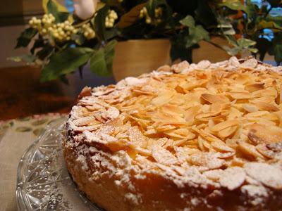 Mennonite Girls Can Cook: Bavarian Apple Torte
