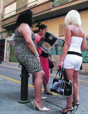 prostitutas alcalá de henares sinonimos de ilegal