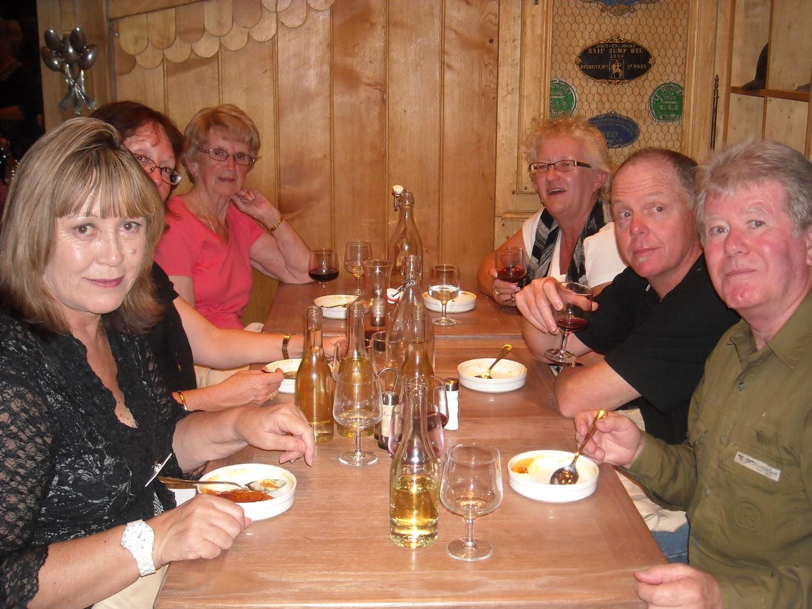 http://3.bp.blogspot.com/_rQiOPp3Zcdw/TTe6AjMGtdI/AAAAAAAAAxY/tFNlqQBabus/s1600/Ireland+-Edinburgh+2010+908.jpg