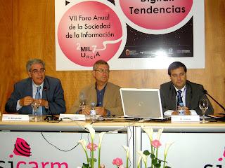 Imagen de la mesa redonda Televisión y radio por Internet. Foto de Maria Hernandez