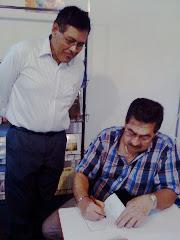 Autores firman sus obras