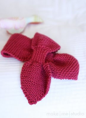 Free Knitting Pattern For Bow Knot Scarf : Scarves