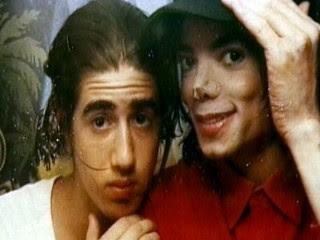 Frank Cascio publica libro sobre Michael Jackson Abc_cascio_jackson_090707_mn