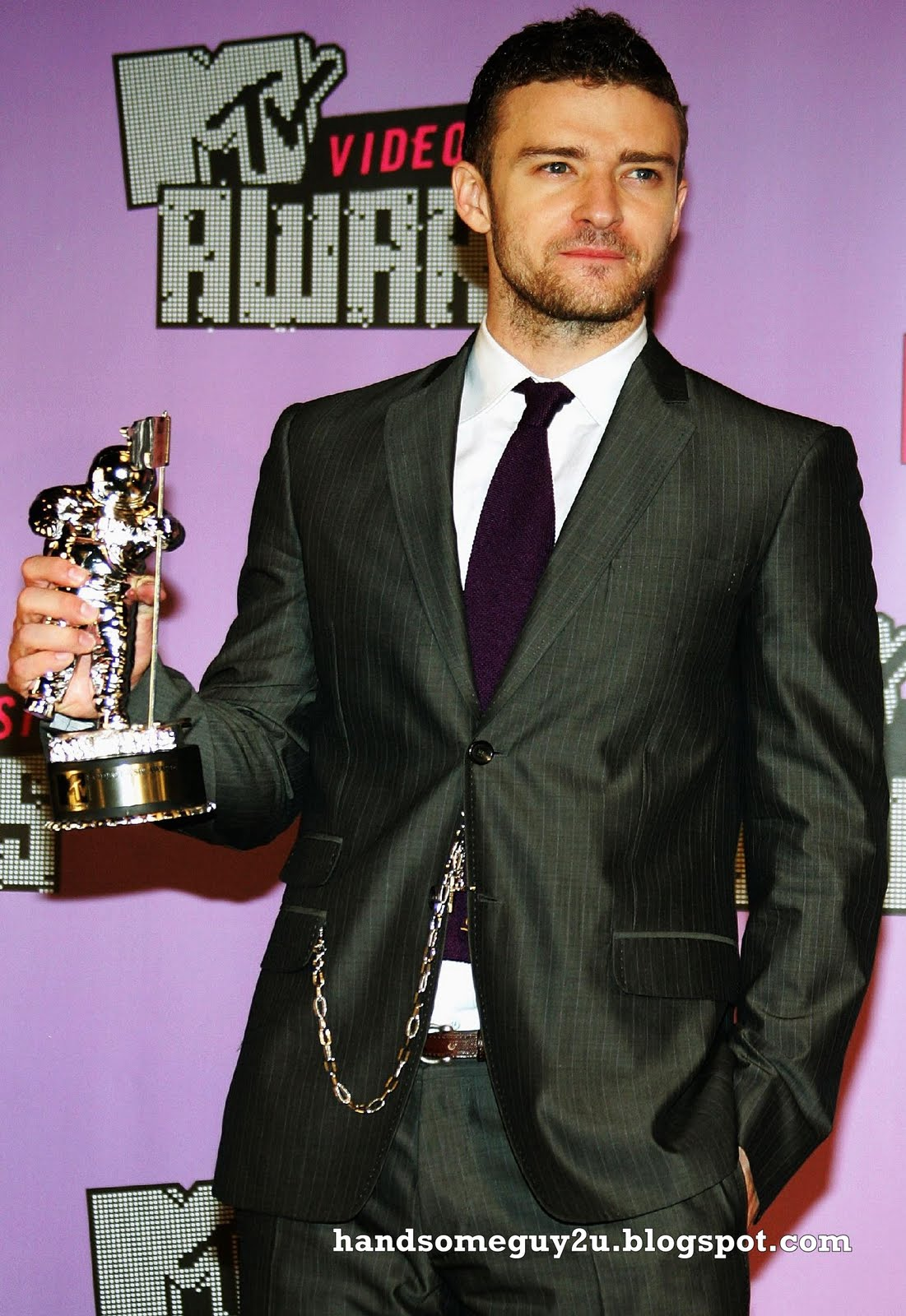 http://3.bp.blogspot.com/_rVJ5MmyyJR0/S9GA-Ob_hjI/AAAAAAAAA9E/N9CVop4e70c/s1600/Justin+Timberlake+7.jpg