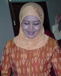Hj Diah Bambang Pudjiono