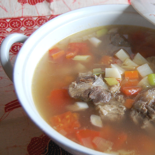 http://brigknowsbest.com/hot/a.php?p=hawaiian-oxtail-soup-recipe