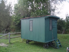 Shepherd's Hut for Holidays at Lower Buckton