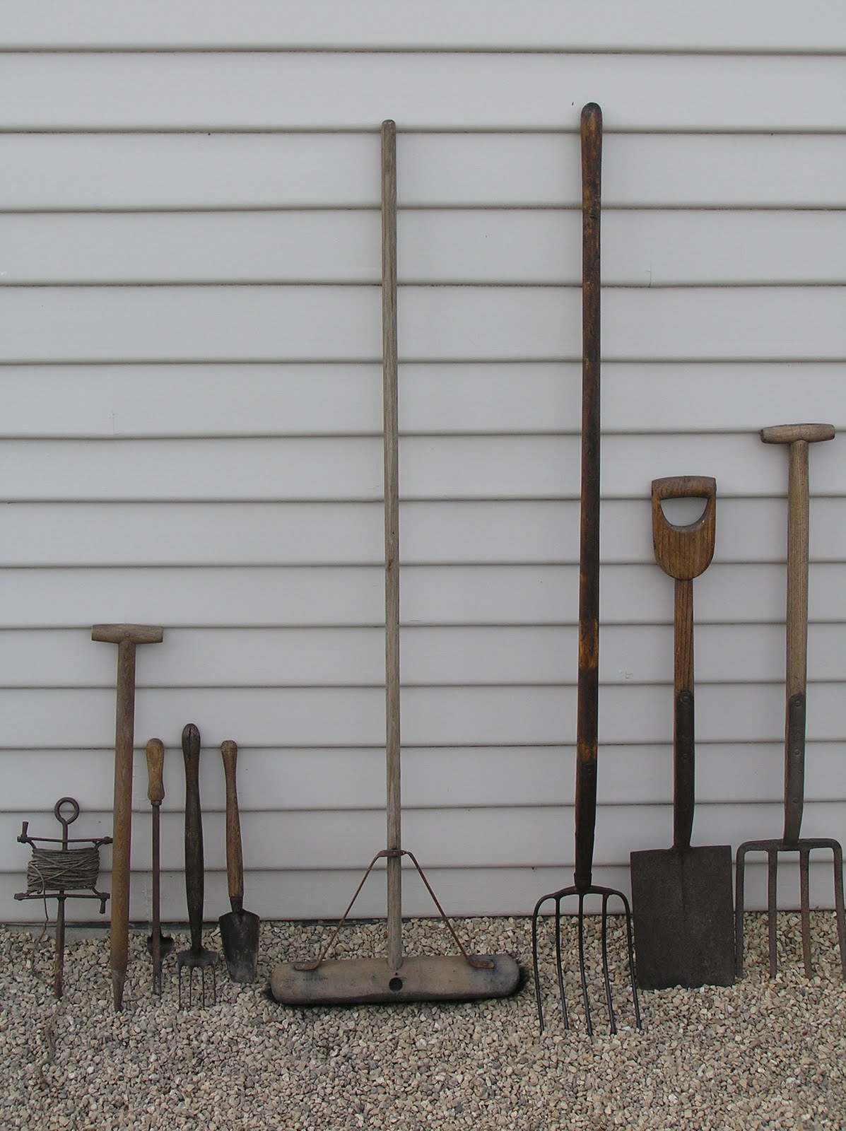 The drill hall emporium weekend vegetable gardening with for Vegetable garden tools