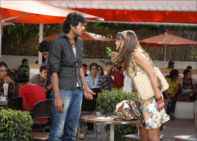 trisha and prabhas fight in bujjigadu movie