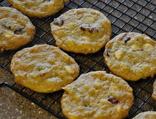 Michelle's Recipe Box: Cranberry Oatmeal Jumbles